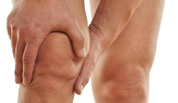 Боли и хруст в коленях причины
